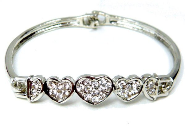 B0001 - Diamond Hearts Bracelet