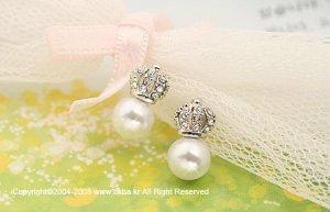 E0099 - Yoon Eun Hye Pearl Crown Earrings