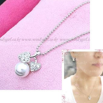 C0105 - Pearl Fruit Necklace