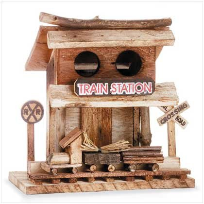 Train Station Birdhouse