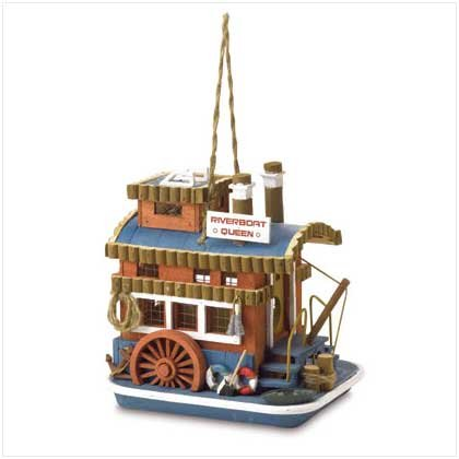Queen Boat Birdhouse