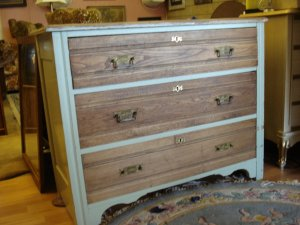 Antique Walnut early 1800's American Dresser