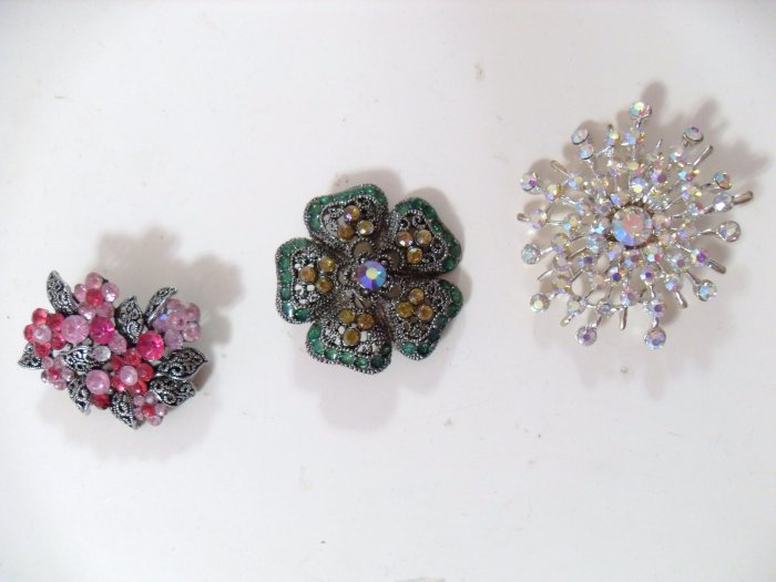 Gem Brooches, Assorted