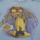 LA LAKERS 2000 NBA CHAMPIONS youth L(10-12) T-SHIRT
