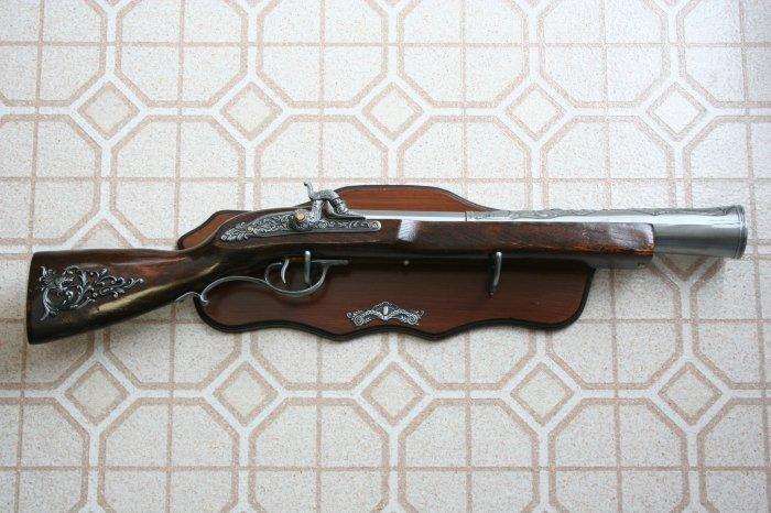 "New! - 28"" Replica Flintlock Blunderbuss Rifle With Plaque"
