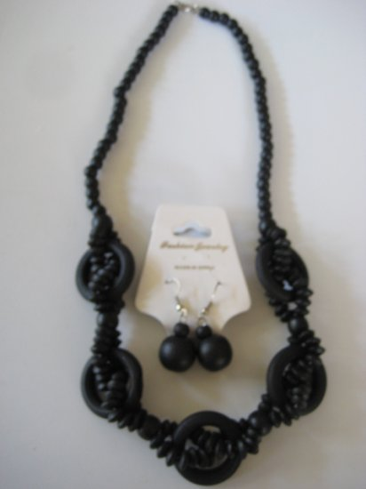 Black Intertwining Bead Necklace & Earring Set