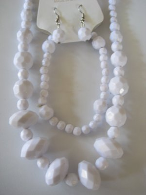 White Diamond Cut Necklace & Earring Set w/matching Bracelet
