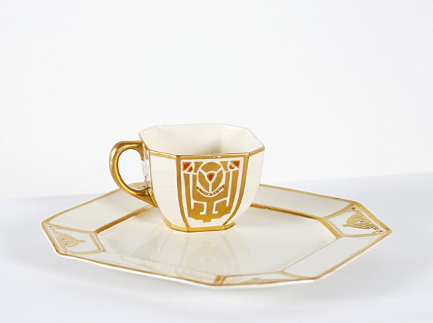 Untitled [Cup and saucer], by the Studio of Ambrosius Lamm (Dresden, Germany)