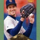 1996 Pinnacle Baseball #006 Steve Finley - San Diego Padres