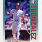1992 Fleer Baseball #304 Juan Gonzalez - Texas Rangers