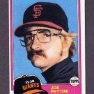 1981 Topps Baseball #062 Joe Pettini RC - San Francisco Giants Ex