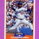 1989 Score Baseball #389 Alejandro Pena - Los Angeles Dodgers