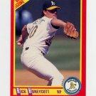 1990 Score Baseball #317 Rick Honeycutt - Oakland A's