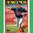 1988 Topps Baseball #473 Joe Niekro - Minnesota Twins NM-M