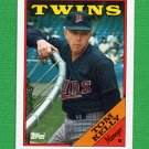 1988 Topps Baseball #194 Tom Kelly MG / Minnesota Twins Team Checklist