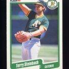 1990 Fleer Baseball #020 Terry Steinbach - Oakland A's