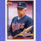 1991 Topps Baseball #201 Tom Kelly MG - Minnesota Twins ExMt