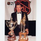 1991-92 Pro Set French Hockey #325 Dave Taylor / King Clancy Trophy