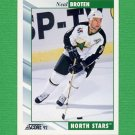 1992-93 Score Hockey #032 Neal Broten - Minnesota North Stars