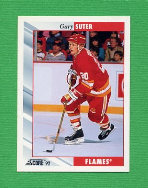 1992-93 Score Hockey #017 Gary Suter - Calgary Flames