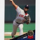 1993 Leaf Baseball #351 Willie Banks - Minnesota Twins