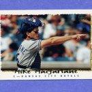 1995 Topps Baseball #296 Mike Macfarlane - Kansas City Royals