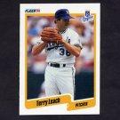 1990 Fleer Baseball #111 Terry Leach - Kansas City Royals NM-M