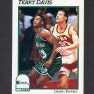 1991-92 Hoops Basketball #352 Terry Davis - Dallas Mavericks