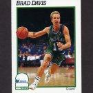 1991-92 Hoops Basketball #044 Brad Davis - Dallas Mavericks