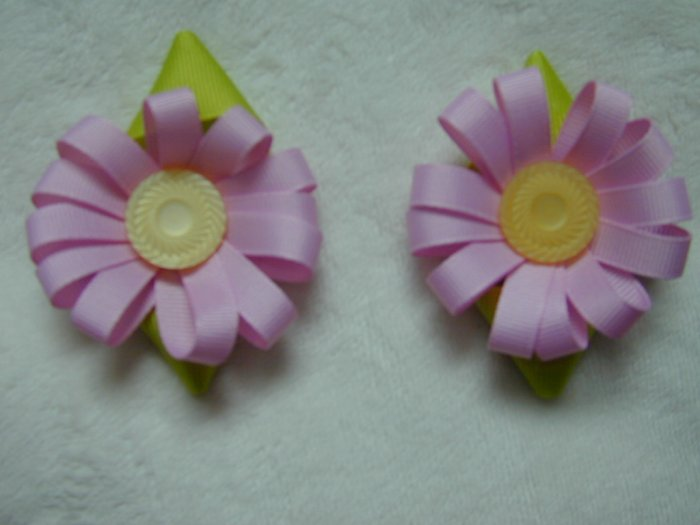 Pink Easter Flower clip