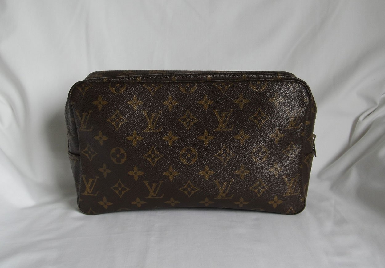 AUTHENTIC Vintage Louis Vuitton Trousse Toilette 28 makeup cosmetic bag c234cfe6c7415