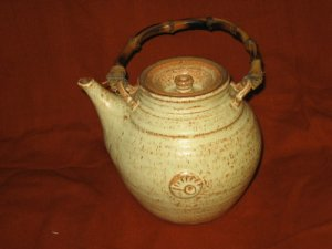 Clay Teapot with Bamboo Handle