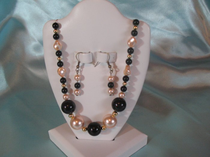 Crystal Pearl Necklace and earings