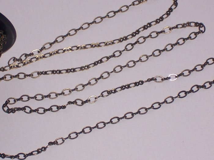 Antiqued Brass Chain Figure-8 10 feet