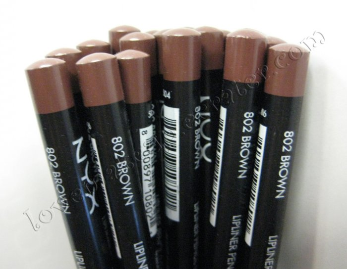 NYX Slim Pencil LIP LINER 802 BROWN