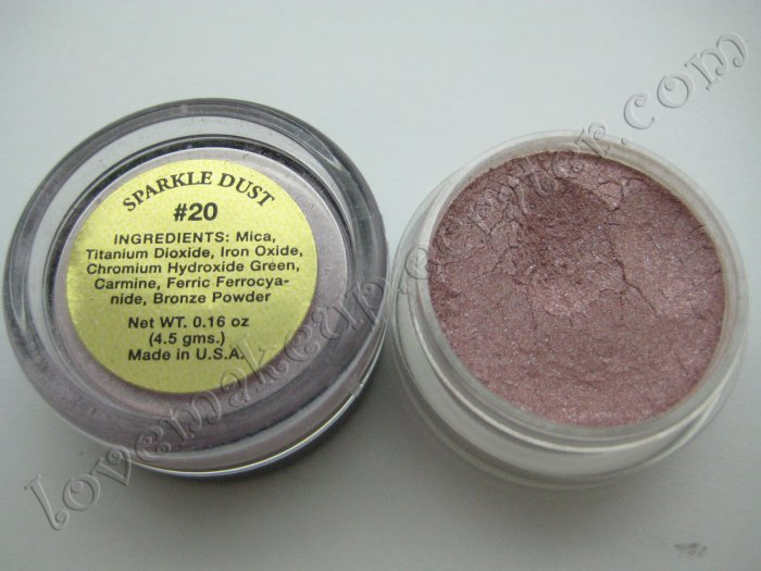La Femme SPARKLE DUST #20 CHANTILLY (Comparable to Napoleon Perdis and MAC)