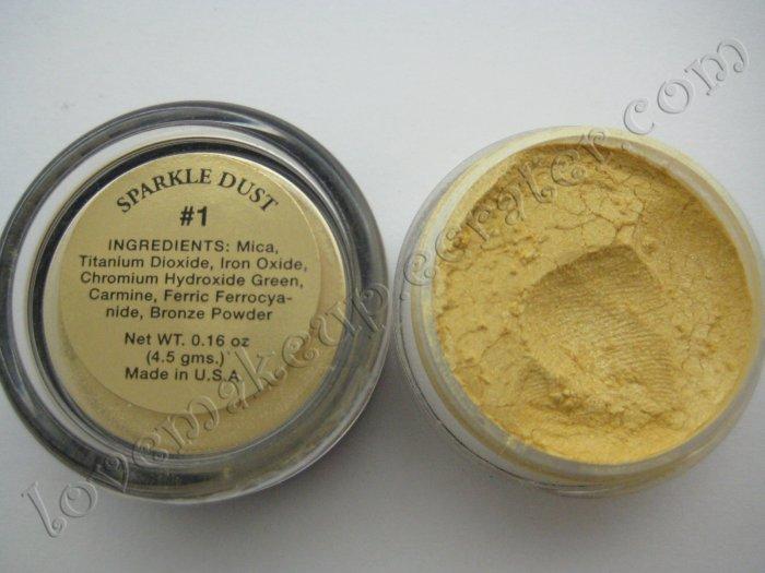 La Femme SPARKLE DUST #1 GOLD (Comparable to Napoleon Perdis and MAC)