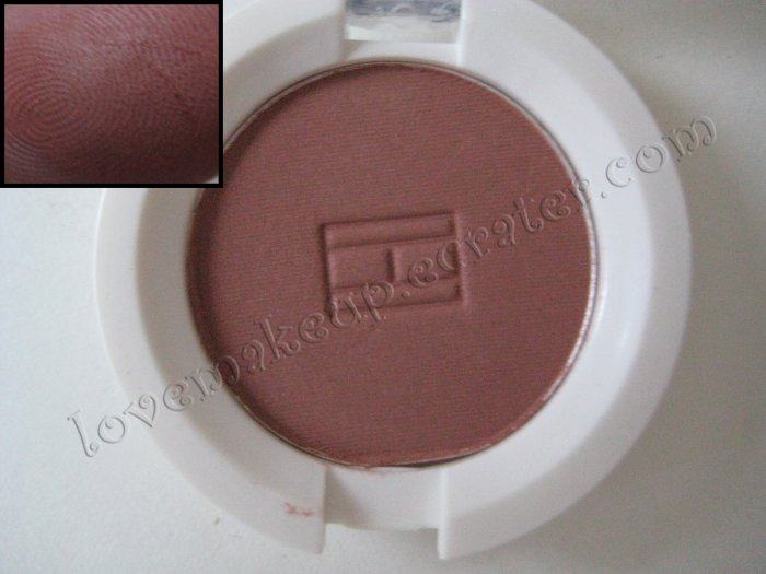 Tommy Hilfiger Wet-Dry Eyeshadow *CRANKY* [NO SHIMMER - REDDISH BURGUNDY - LOOKS LIKE A MUTED RED]