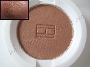 Tommy Hilfiger Wet-Dry Eyeshadow *INVITING* [BRONZE SHIMMER]