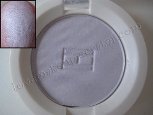 Tommy Hilfiger Wet-Dry Eyeshadow *SWEET* [SOFT LIGHT LAVENDER SHIMMER]