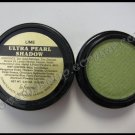 La Femme ULTRA PEARL EYE SHADOW - LIME
