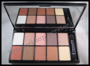 NYX 10 COLOR EYESHADOW PALETTES Runway Collection - 06 Romance