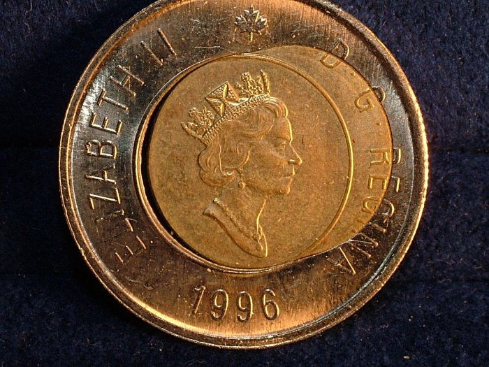 2006 dramatic CANADA  $2 twoonie  beautiful ERROR  COIN