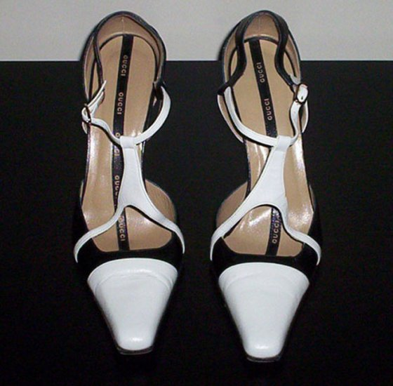 Authentic Gucci Black & White Pumps--> SIZE 37.5