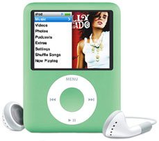 Apple 8GB iPod nano�Green - Free Shipping!!!