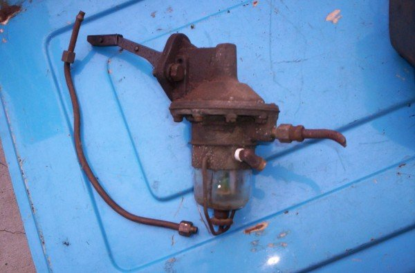58-65? Ford Galaxie Fairlane 292 312 352 fuel pump w/glass