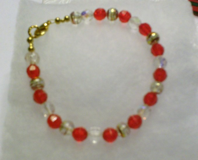 Reds with clear bead bracelet