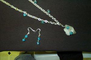 Quartz Crystal Blue Crackle Necklace and Earring Set