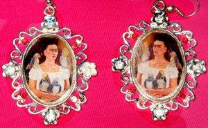 Frida Parrot Earings