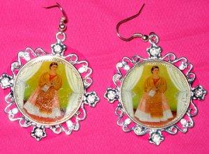 Frida trotski Painting Earings